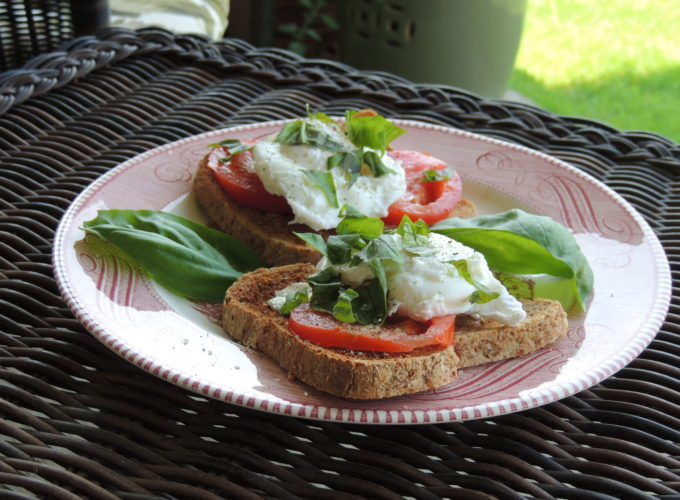 Poached Eggs with Tomato and Basil
